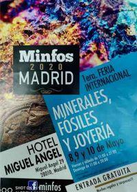 1: a internationella mässan med mineraler, fossil och smycken
