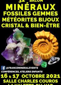 32: e Mineral Fair Event La Valette-du-Var-mineraler, fossiler, kristaller och välbefinnande, pärlor, smycken
