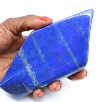 Polerad lapis lazuli för dekoration