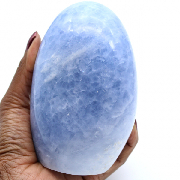 Polerad blå kalcitsten