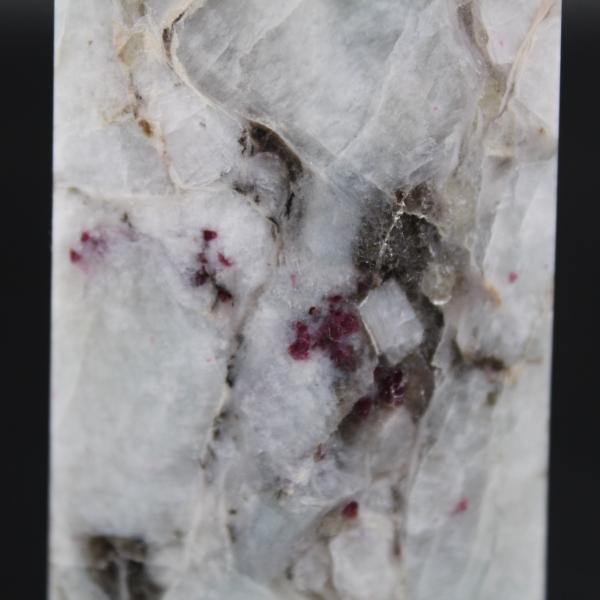 Lepidolitstenprisma